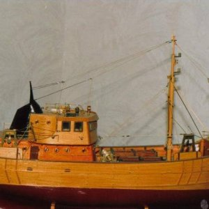 Plank on Frame Model Trawler