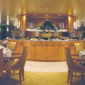 Dinning Room on Riverboat