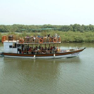 Betty`s Cruises.      South Goa