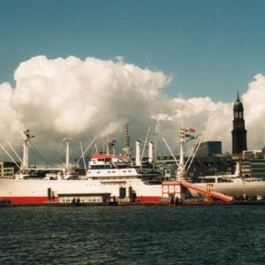 Cap San Diego  at   Hamburg