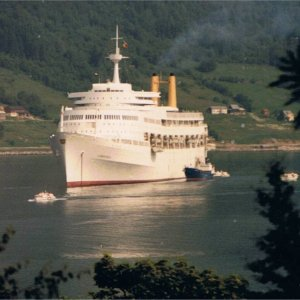 Canberra at Andalsnes