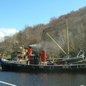 Vic 32 and Duke of Normandy Crinan Basin 21st April 2010