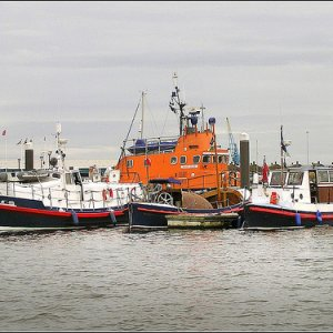 Lifeboats in Cardiff Bay