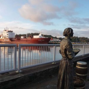 B Gas Lydia with Herring Lady Statue Stornoway