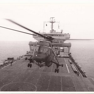 Seakings departing RFA RELIANT