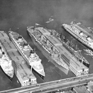 Liners in New York, 1939