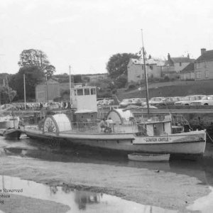 Paddle steamer Compton Castle