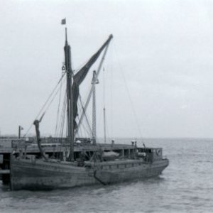 Auxillary Spritsail Barge Thyra-London & Rochester at Hull-1960