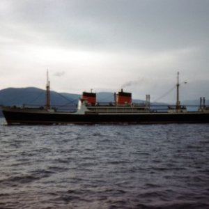 TSS Alsatia-(5373270)-(Cunard Steam Ship Co. Ltd.) leaving Clyde Estuary-19