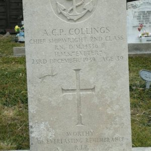 HMS Exeter, WW II crew graves on Falkland Islands