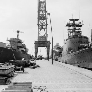 Destroyers at the Karlskrona yard