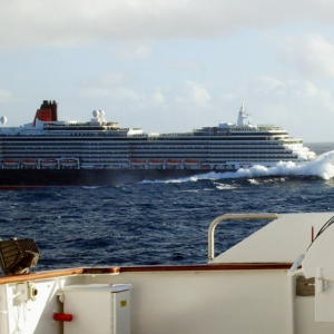Queen Victoria, January 2008 - passing QE2.png