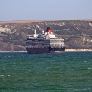 QUEEN ELIZABETH OFF WEYMOUTH 18TH SEP 2020.JPG